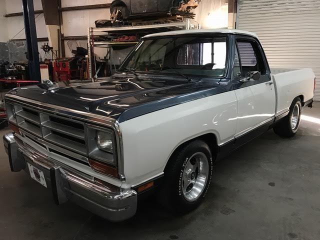 1987 Dodge D150 Le Short Box  New Paint  Professionally