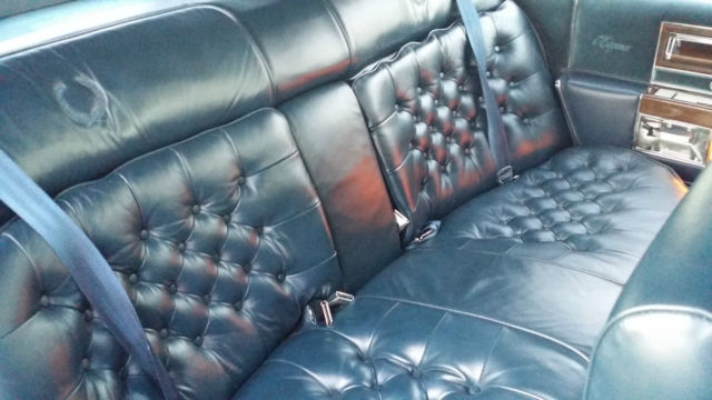 15 Inch Tires >> 1988 Cadillac Fleetwood Brougham D'Elegance 4-Door 5.0L ...