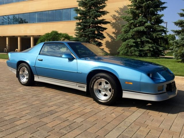 1988 Chevrolet Camaro Rs Iroc 5 0l V8 Very Clean Must