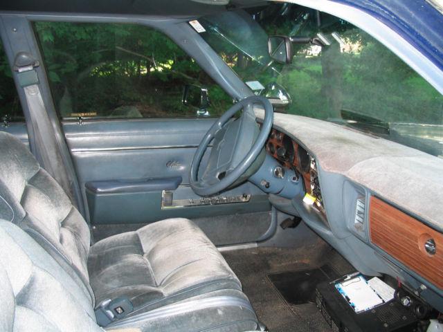 1988 Dodge Diplomat Salon Sedan 4-door 5 2l