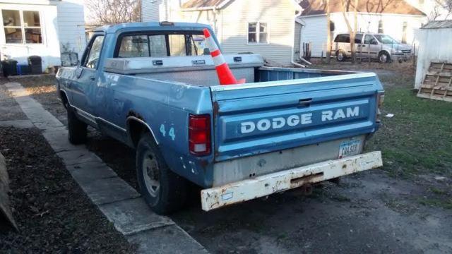 1988 Dodge Ram 2500 4 wheel drive truck three-way Meyer ...