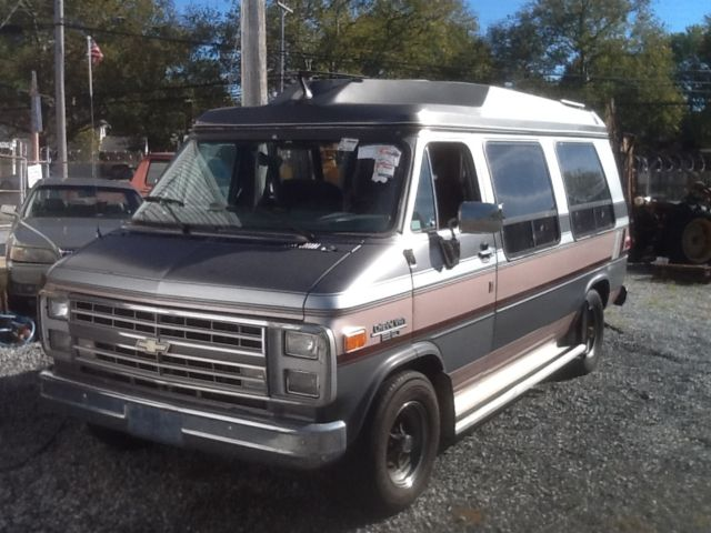 1988 G20 Chevrolet Conversion Van