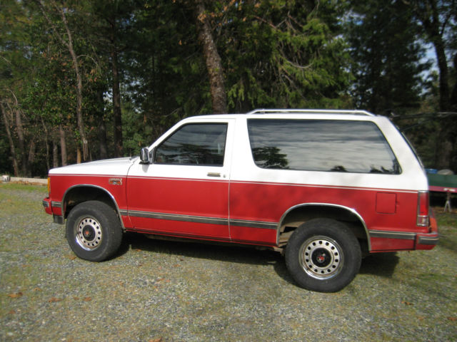 1988 gmc jimmy 2 door red white classic gmc jimmy 1988 for sale. Black Bedroom Furniture Sets. Home Design Ideas