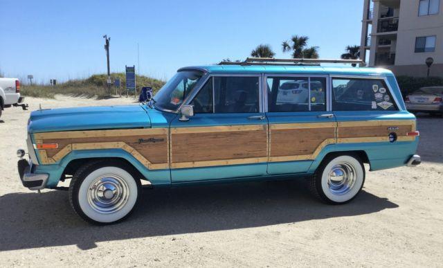 1988 Jeep Grand Wagoneer Custom Blue 4 Door Woody Wagon 4wd 360 V8