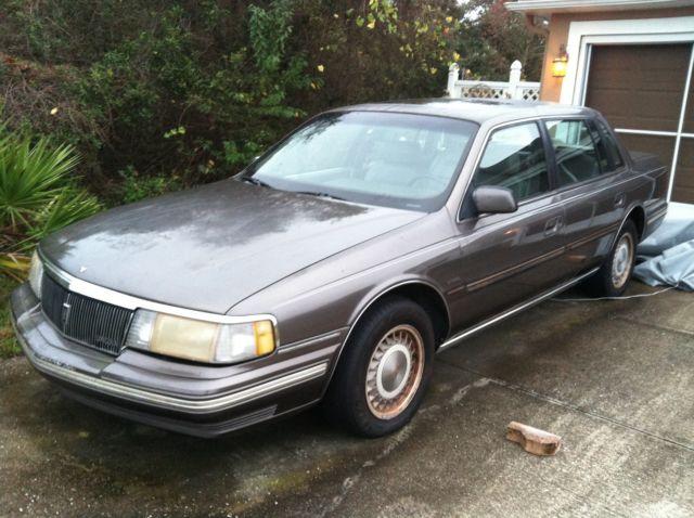 1988 Lincoln Continental Signature Sedan 4 Door 3 8l