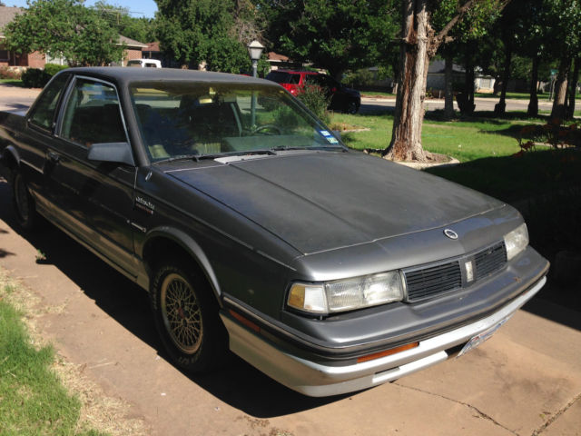 1988 oldsmobile cutlass ciera international series coupe 2 door classic oldsmobile ciera. Black Bedroom Furniture Sets. Home Design Ideas