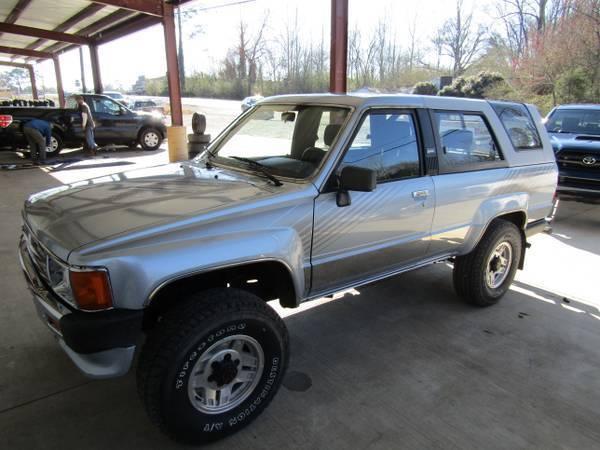 1988 TOYOTA 4 RUNNER 2 DOOR 4X4 TRUCK NEW ENGINETIRES V 6