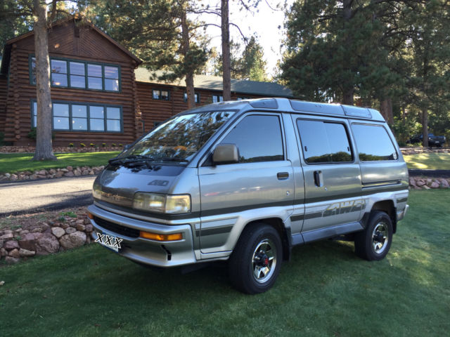 1988 toyota lite ace 5 speed turbo diesel 4 wheel drive van with hi low classic toyota other. Black Bedroom Furniture Sets. Home Design Ideas