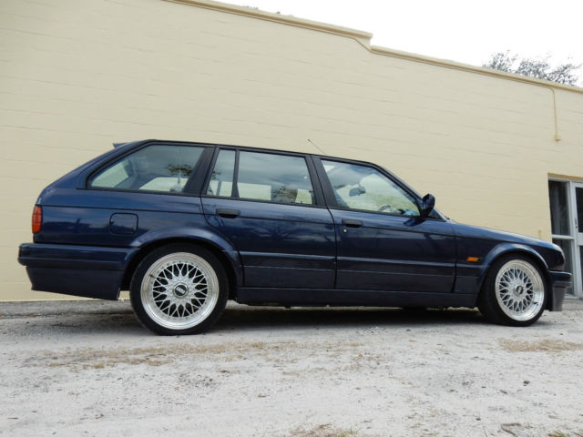 1989 bmw 320i touring rhd mtech2 e30 classic bmw 3 series 1989 for sale. Black Bedroom Furniture Sets. Home Design Ideas