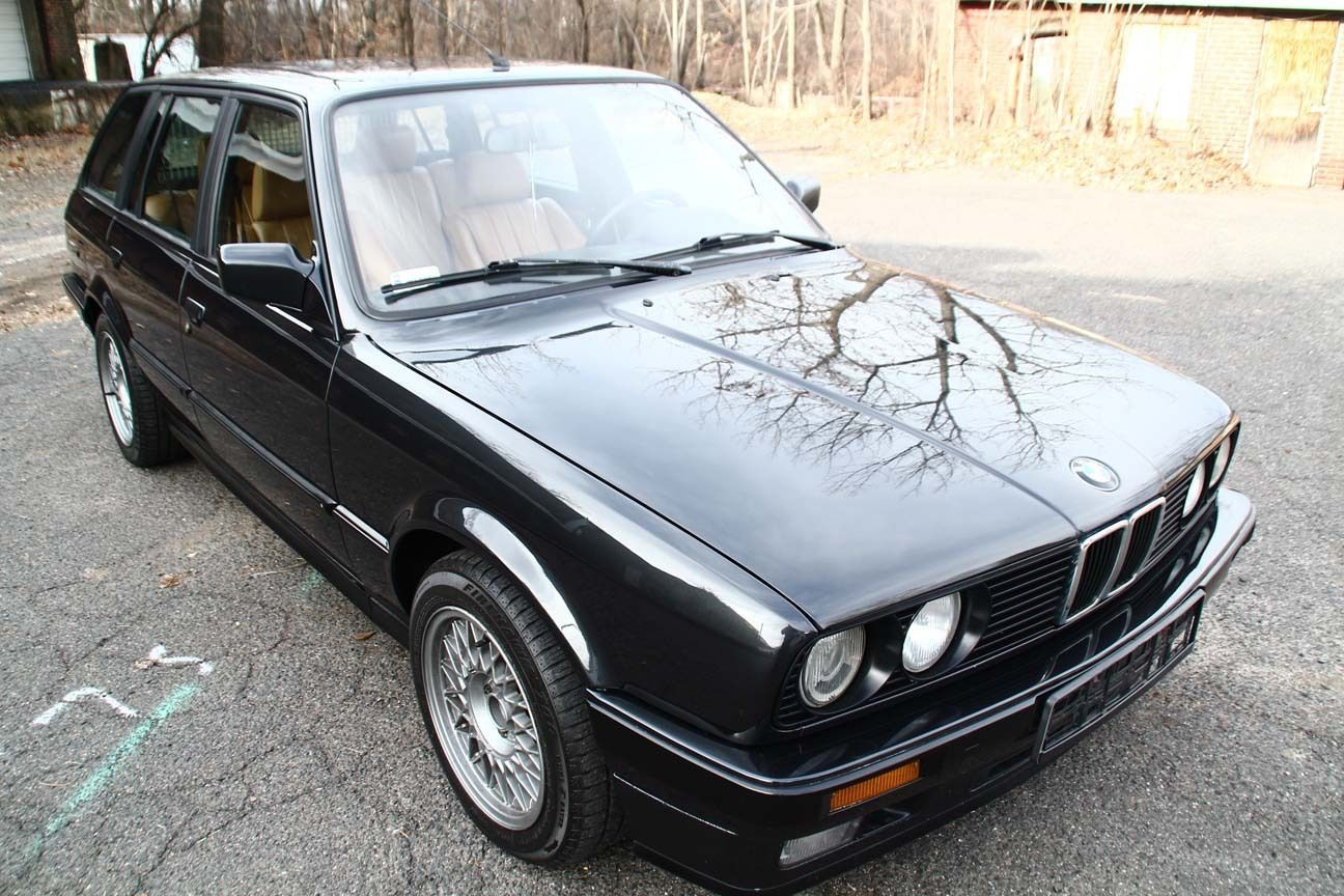 1989 bmw 325i touring with factory a c classic bmw 3 series 1989 for sale. Black Bedroom Furniture Sets. Home Design Ideas