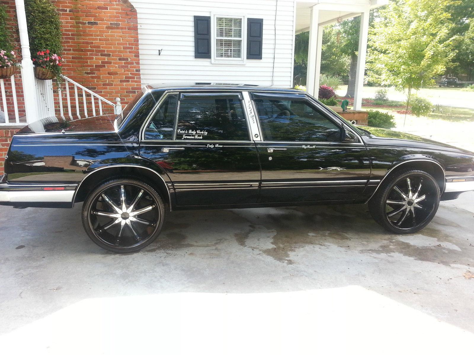 Buick Lesabre Custom Painted Black Black Wheels Low Miles on 1989 Buick Lesabre Le