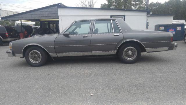 1989 chevrolet caprice classic sedan no reserve no rot runs and drives good classic chevrolet. Black Bedroom Furniture Sets. Home Design Ideas