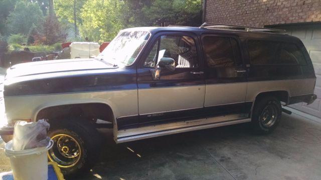 1989 chevrolet suburban 1500 4x4 blue silver excellent interior