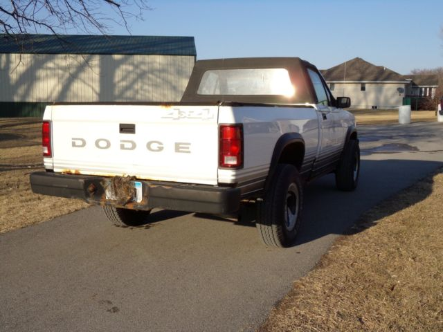 Dodge Dakota Convertible Sport X Pickup on 1989 Dodge Dakota Door Seals