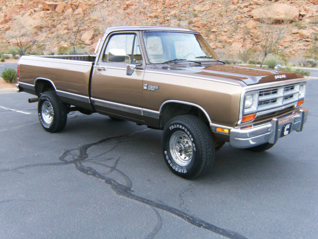 1989 dodge ram le 350 12v cummins 4x4 reg cab 1st gen 128 500 mi nice 250 classic dodge. Black Bedroom Furniture Sets. Home Design Ideas