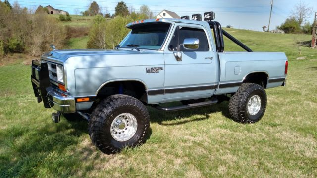 1989 Dodge Ram W150 4x4 Short Bed Restored Lifted Pickup