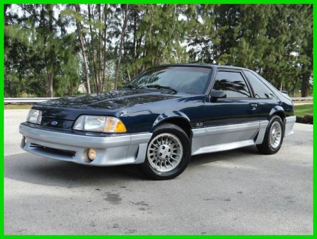 Ford Mustang Blue 1989