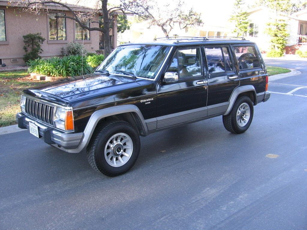 1989 Jeep Cherokee Laredo 4x4 Rare Garaged Babied 138k