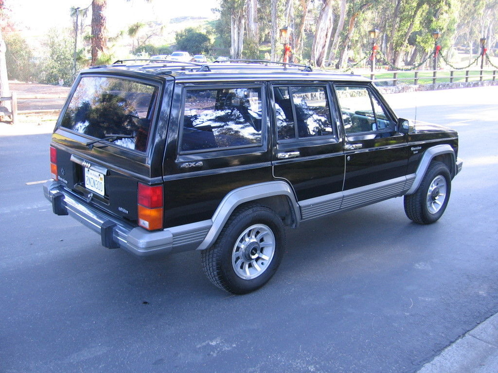 Accident Cars For Sale In Usa >> 1989 Jeep Cherokee Laredo 4x4 Rare Garaged Babied,138k driving mi, 2nd owner,NR - Classic Jeep ...