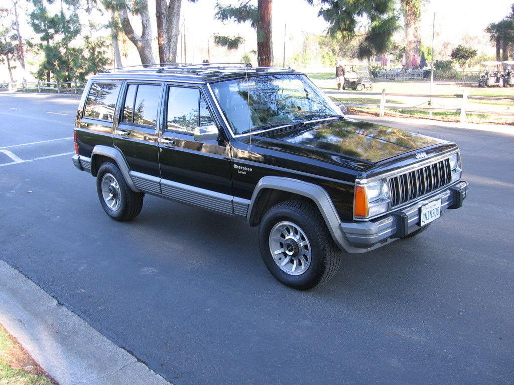 1989 jeep cherokee laredo 4x4 rare garaged babied 138k driving mi 2nd owner nr classic jeep. Black Bedroom Furniture Sets. Home Design Ideas