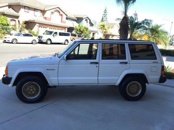 1989 jeep cherokee limited xj classic 109k miles 4wd with rv hookups clean title classic jeep. Black Bedroom Furniture Sets. Home Design Ideas