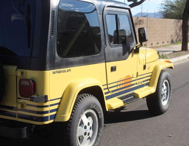 1989 Jeep Wrangler Islander Sport Utility 2 Door 4 2l