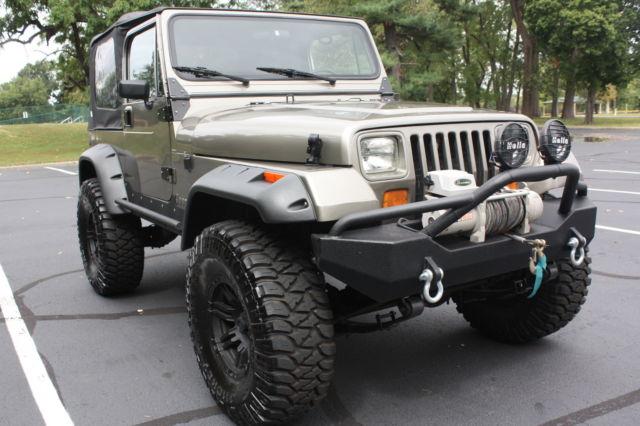 1989 Jeep Wrangler Sahara Sport Utility 2 Door 4 0l