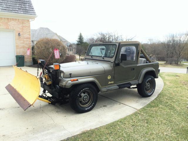 1989 jeep wrangler yj sahara 4x4 4 2l inline 6 cylinder hard top plow