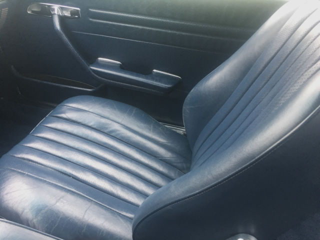 1989 mercedes benz 560sl white with blue interior 2 owner very well sorted car classic. Black Bedroom Furniture Sets. Home Design Ideas