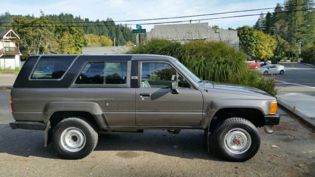 1989 Toyota 4runner 4x4 22re 5spd 59k Original Miles