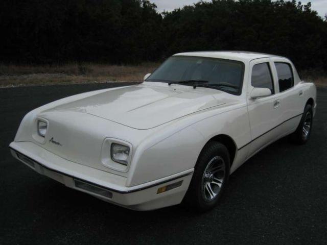 1990 Avanti 4 Door Sedan White Super Rare Only 89