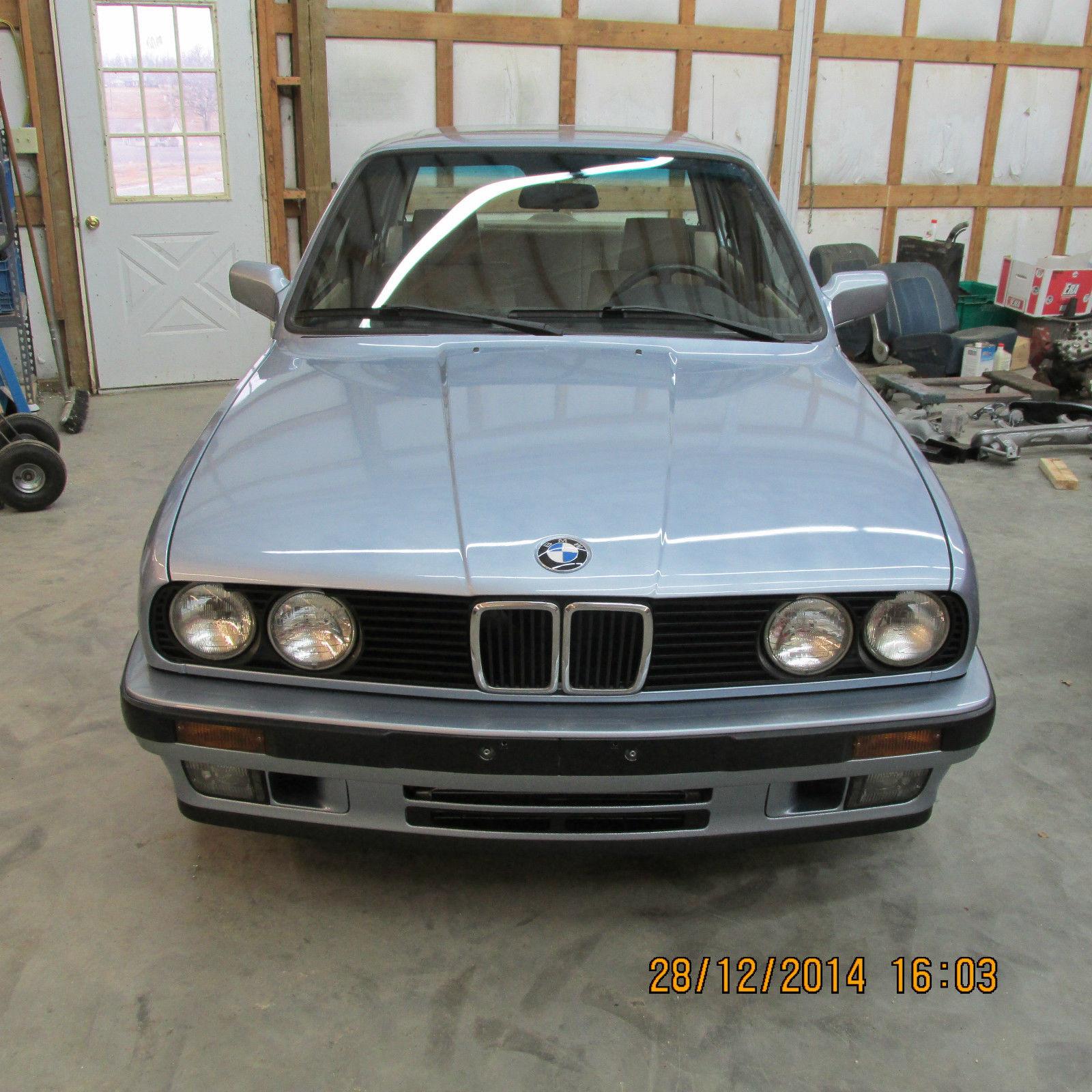 1990 BMW 325i Base Sedan 4-Door 2.5L