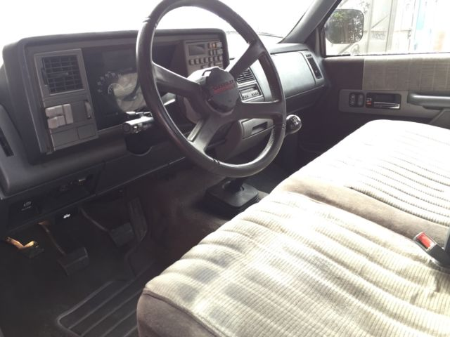 "1990 Chevy Silverado Sport All Original 5-Speed ""NO ..."