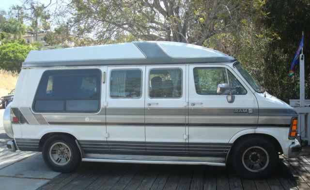 1990 Custom Conversion Dodge Ram Van Coach 250 Hightop