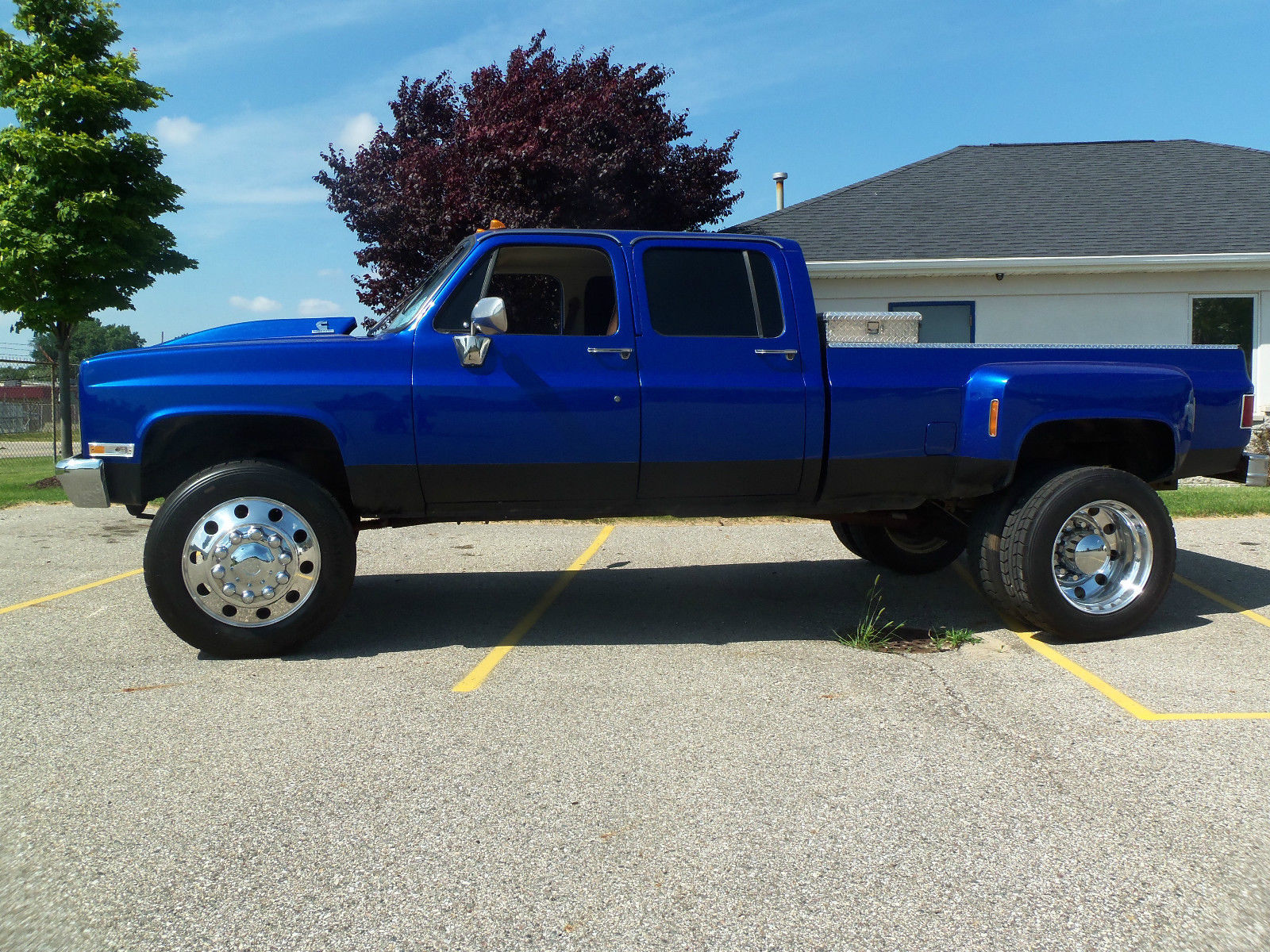 Chevy /GMC : Lowered Slammed 3500 Bagged Dually 1990 Pick up ...