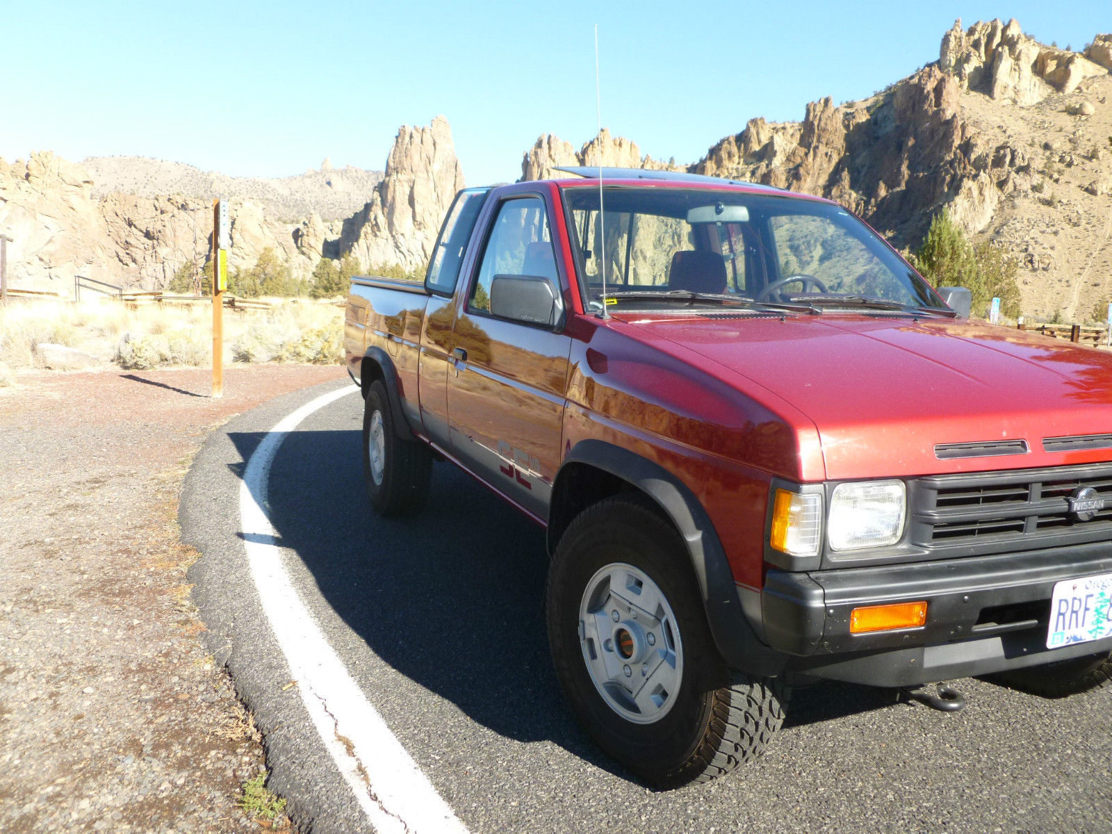 1990 Hardbody D21 4x4 Pickup Truck  Low 87 215 Original