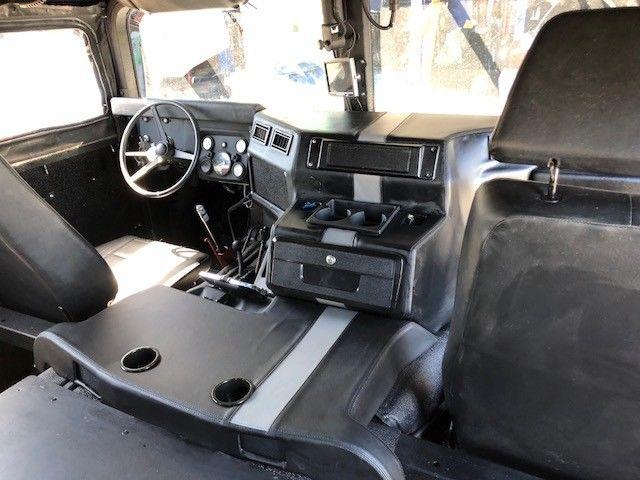 1990 HUMMER H1 HMMWV, Air Conditioning HUMMER H1 INTERIOR