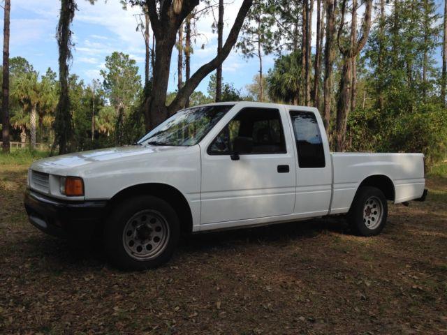 1990 Isuzu Space Cab Pickup 86 Pup Diesel Motor