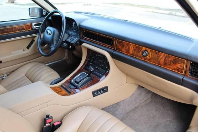 Jaguar Xj Sovereign With Only K Miles on 1990 Jaguar Xj6 Battery Location
