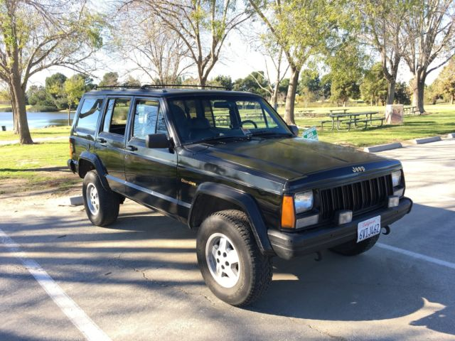 1990 jeep cherokee limited sport utility 4 door 4 0l 4x4 renix black small lift classic jeep. Black Bedroom Furniture Sets. Home Design Ideas