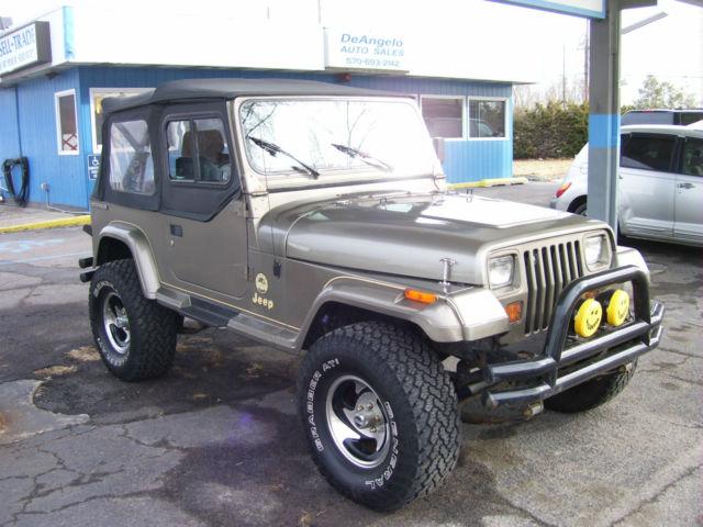 1990 jeep wrangler yj 4x4 sahara sharp classic jeep wrangler 1990 for sale. Black Bedroom Furniture Sets. Home Design Ideas