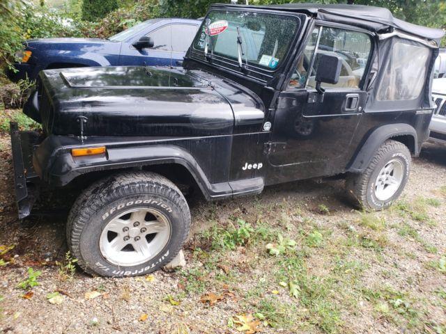 1990 jeep wrangler yj 5 speed manual transmission 2 5 litre in line 4 cylinder classic jeep. Black Bedroom Furniture Sets. Home Design Ideas