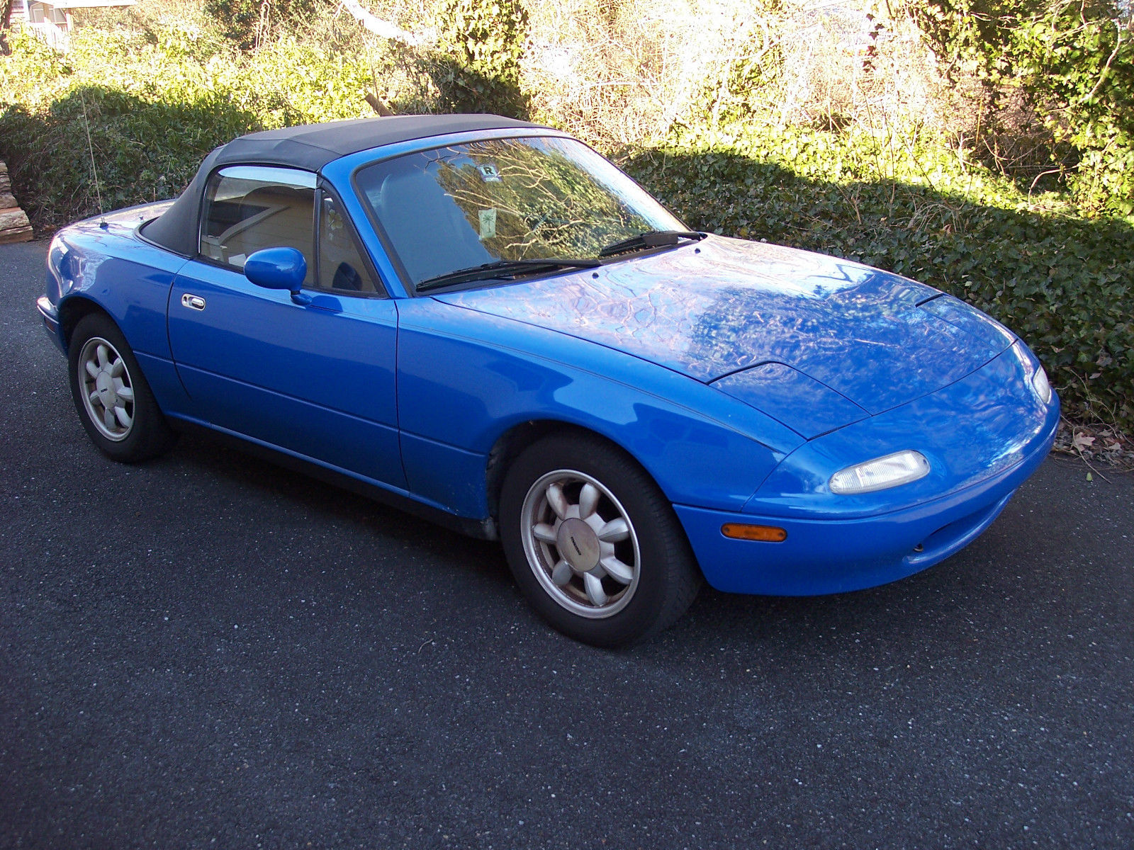 1990 mazda miata base convertible 2 door 1 6l classic. Black Bedroom Furniture Sets. Home Design Ideas