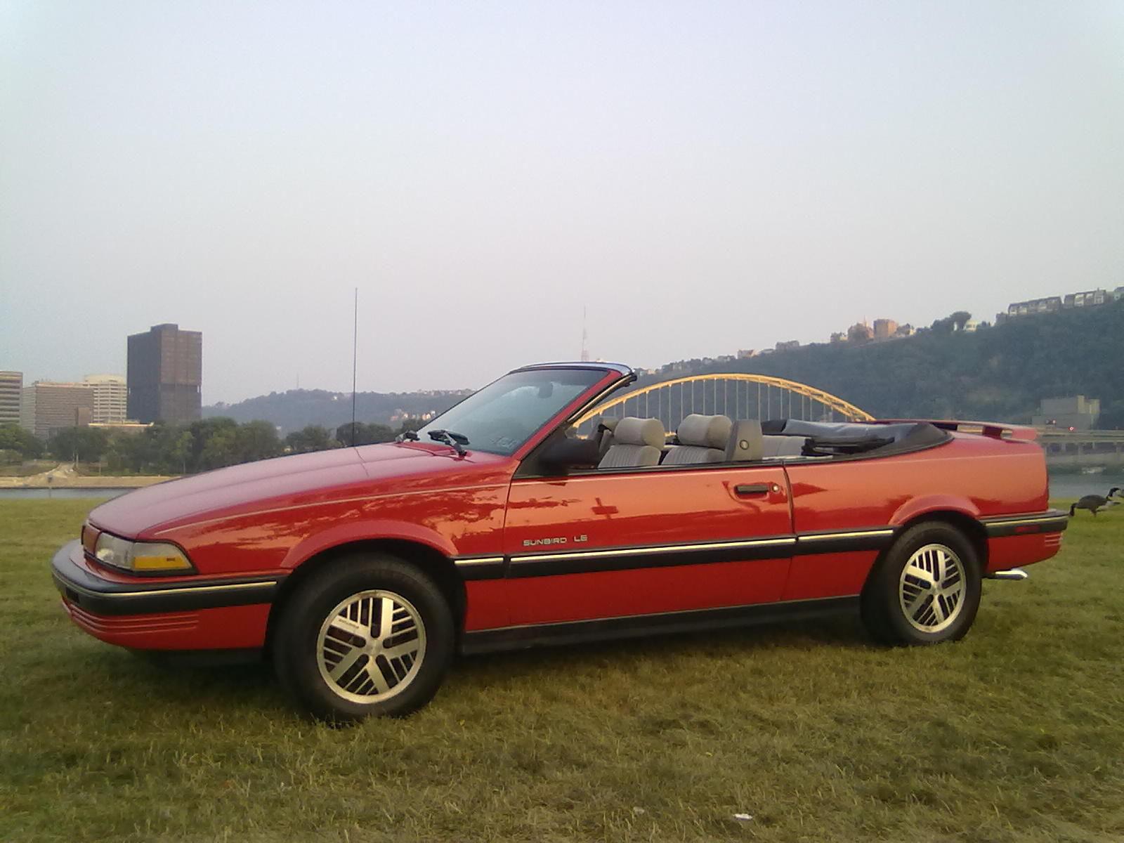 1990 Pontiac Sunbird Le Convertible 2 Door 2 0l Classic