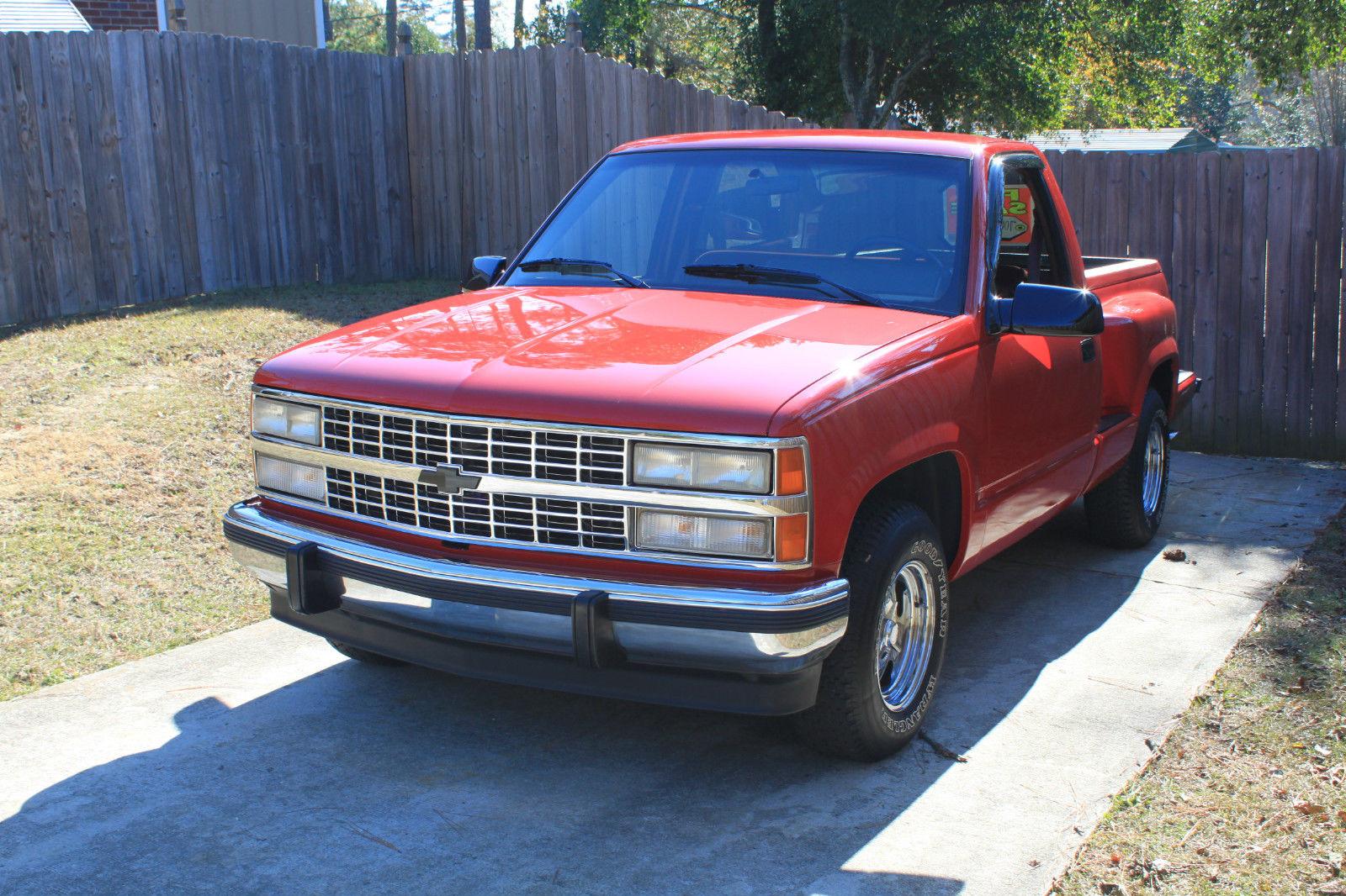 1990 Restored Chevrolet Silverado Stepside Classic
