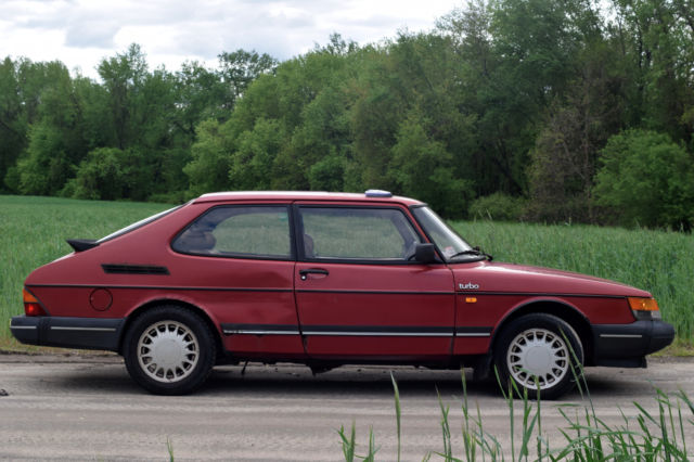 1990 saab 900 turbo 5 speed manual no reserve classic. Black Bedroom Furniture Sets. Home Design Ideas
