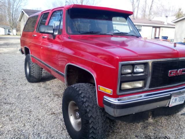 1990 suburban gmc chevy frod jeep truck car van 4x4 big tires 35 tires dodge classic gmc. Black Bedroom Furniture Sets. Home Design Ideas