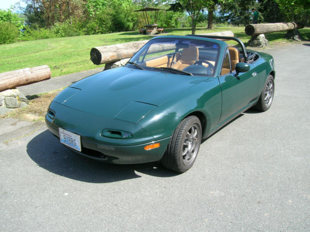 British Racing Green Special Edition Mazda Miata With Hard Top on 1991 Mazda Miata Interior