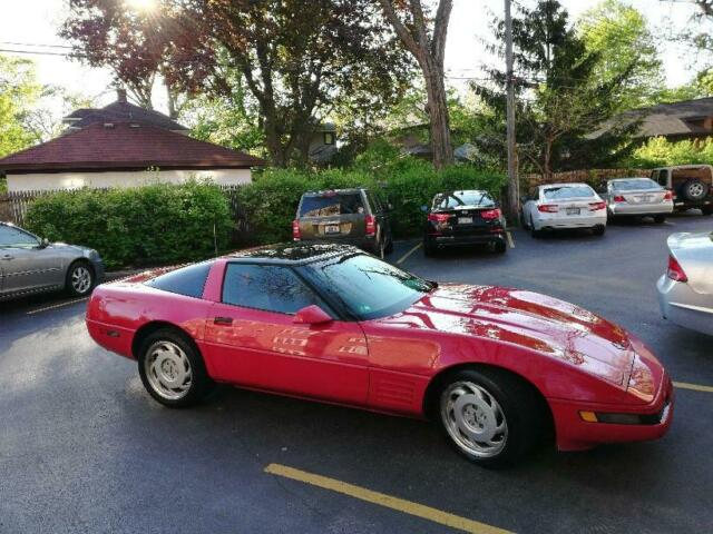 1991 Chevrolet Corvette Coupe Hatchback Red Classic