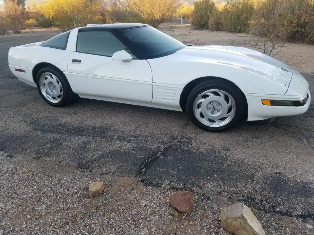 1991 Chevrolet Corvette ZR1 6433 miles white black interior